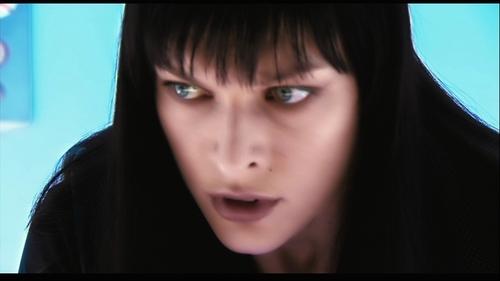 Milla Jovovich karatasi la kupamba ukuta called Ultraviolet