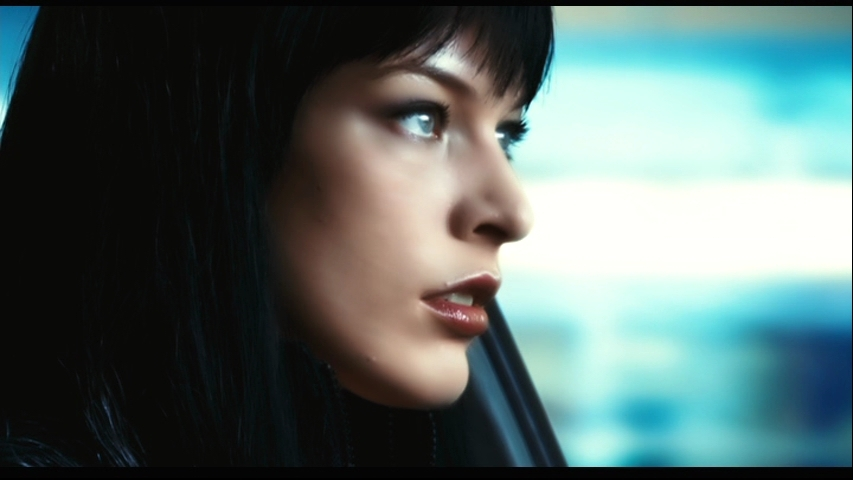 Milla Jovovich Screensavers