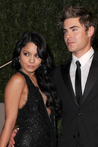 Zac Efron wallpaper entitled Zac & Vanessa @ 2010 Oscars AfterParty
