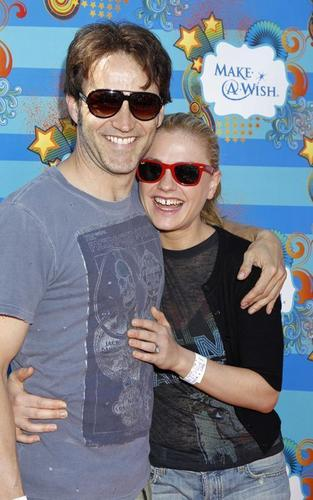 Anna Paquin and Stephen Moyer at the Make-A-Wish Foundation Fun araw (March 14)