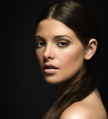 http://images2.fanpop.com/image/photos/10900000/Ashley-ashley-greene-10969585-364-399.jpg