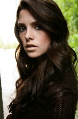 http://images2.fanpop.com/image/photos/10900000/Ashley-ashley-greene-10969611-262-400.jpg