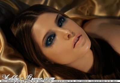 http://images2.fanpop.com/image/photos/10900000/Ashley-ashley-greene-10969670-400-278.jpg