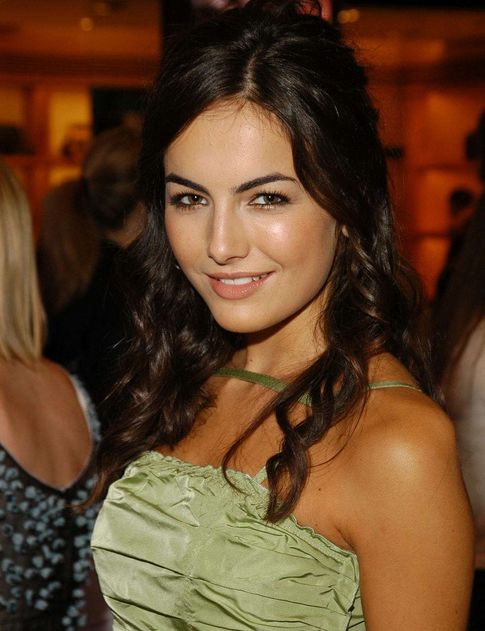 Camilla Belle HD new wallpapers,frame photos,resim poster