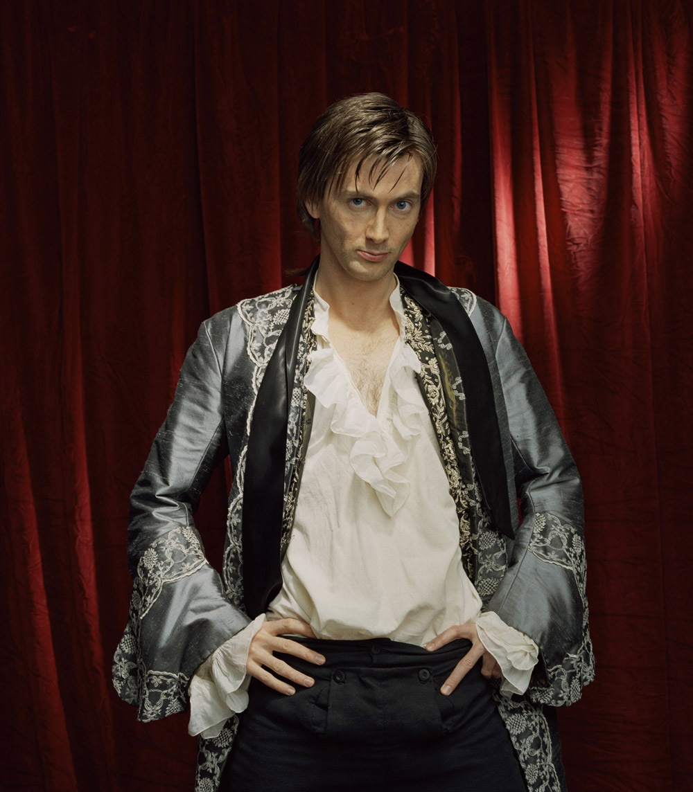 http://images2.fanpop.com/image/photos/10900000/Casanova-Publicity-Shoots-2005-david-tennant-10985217-1000-1144.jpg