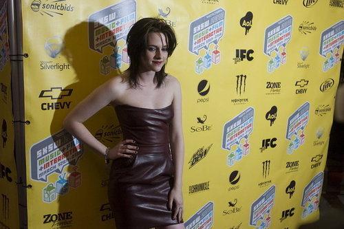 Dakota & Kristen on Red Carpet at SXSW Film Festival