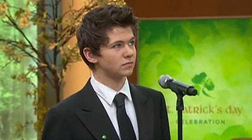 Damian McGinty wallpaper called Damian on QVC