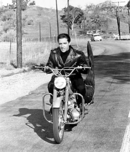 Elvis Bike Riding - elvis-presley Photo