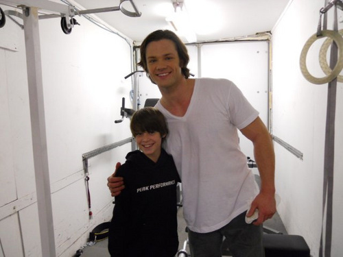 Jared Padalecki and Colin Ford on set