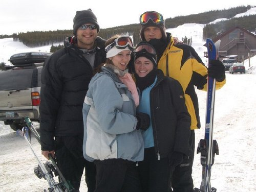 Jared Padalecki wallpaper entitled Jared friends and family in colorado