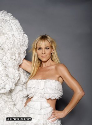 Julie Benz - Desperate Housewives Photoshoot