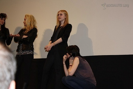 """Kristen & Dakota at The Press Conference for """"The Runaways"""" at SXSW Festival"""