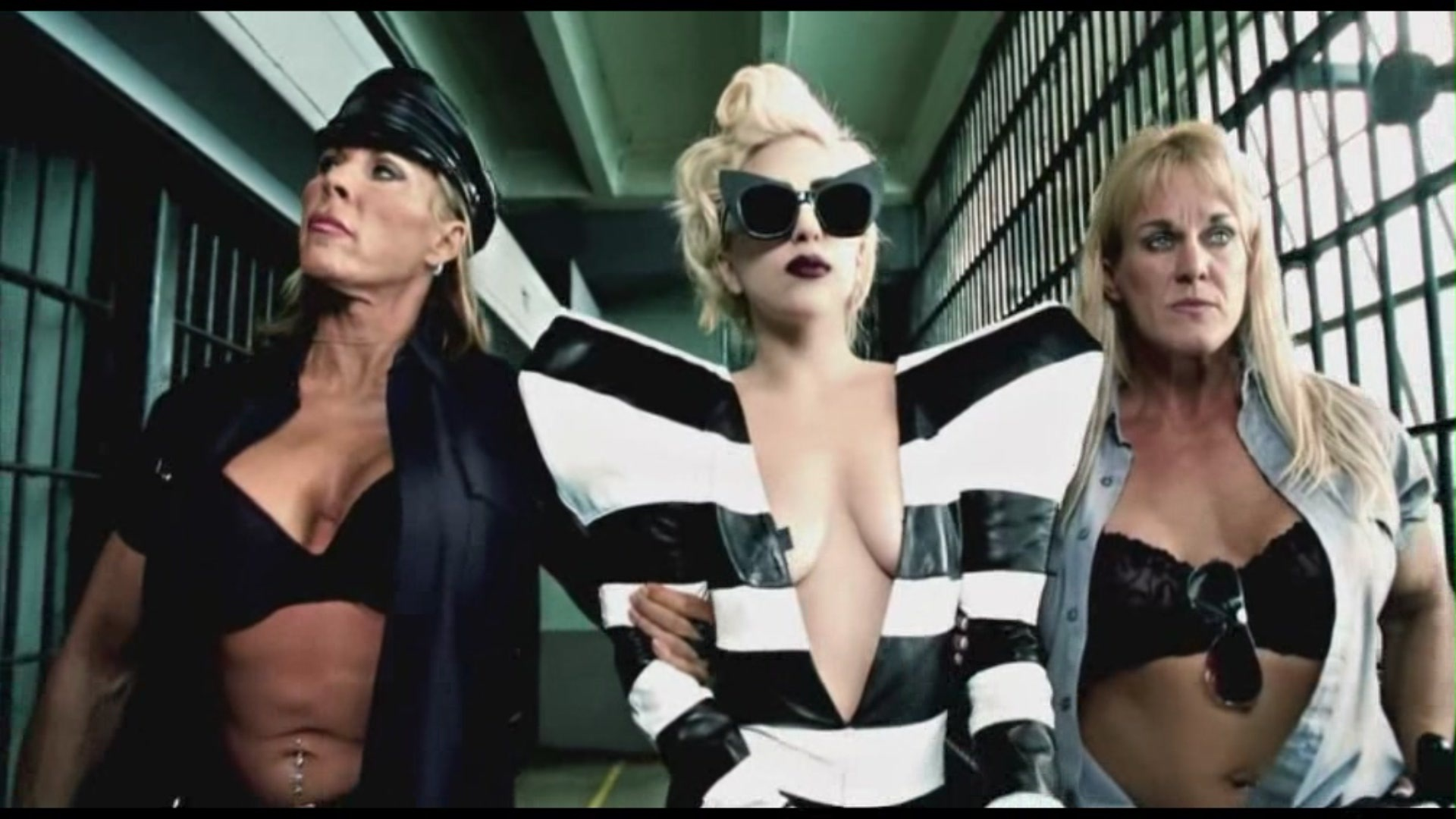 Music Videos Lady GaGa - Telephone