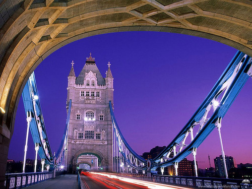 Tower Bridge लंडन