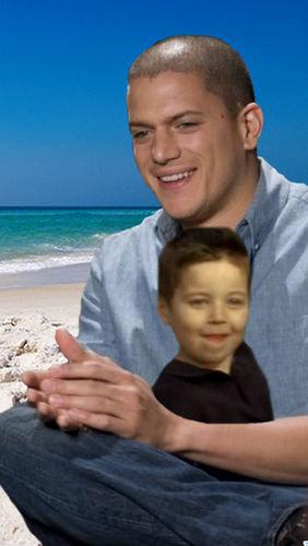 Michael with MJ on the пляж, пляжный