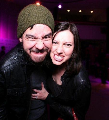 Mike Shinoda fond d'écran titled Mike & Anna