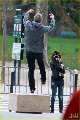 Miley, Liam in Paris!