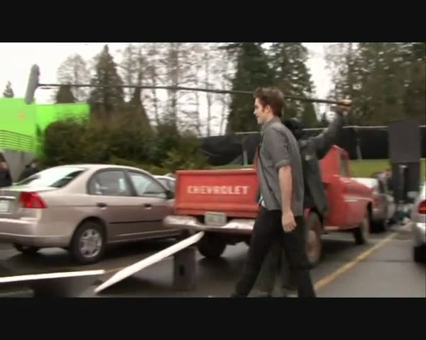 Parking Lot Behind The Scenes | Screencaps