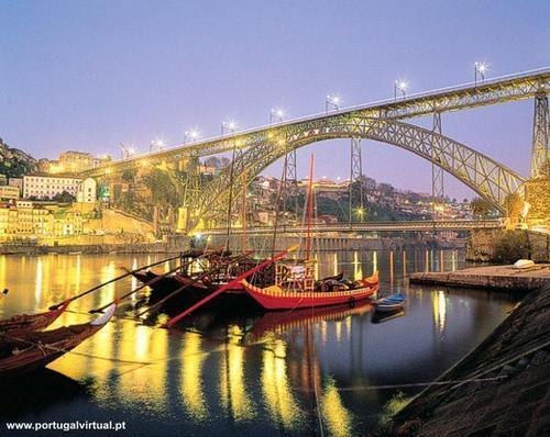 Porto (Pipa's town)