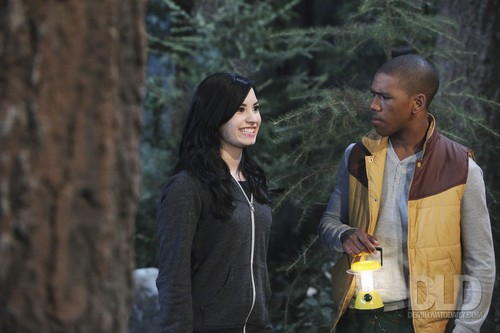 Sonny With A Chance achtergrond called Sonny With a Chance - 2x06 The Legend of Candy Face Stills