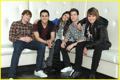 Victoria and BIG TIME RUSH