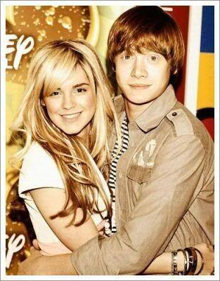 rupe and emm - rupert-grint-and-emma-watson Photo