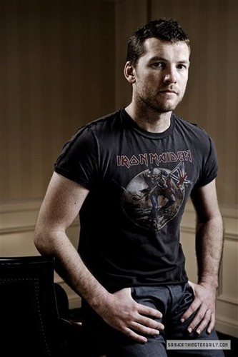 Sam Worthington hình nền titled 2010 Beverly Hills Portrait Session