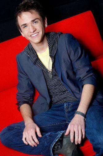 Aaron American Idol 上, ページのトップへ 12 Photoshoot!