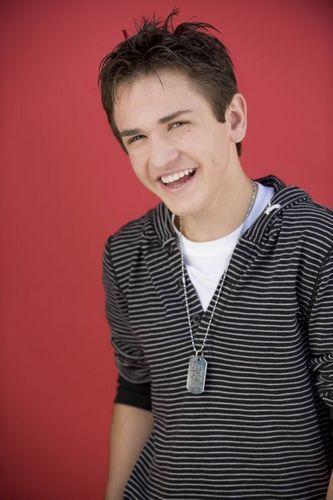 Aaron American Idol 上, ページのトップへ 24 Photoshoot!
