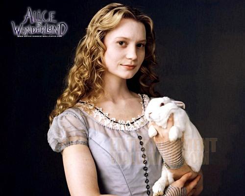 Alice in Wonderland (2010) wallpaper titled Alice in Wonderland
