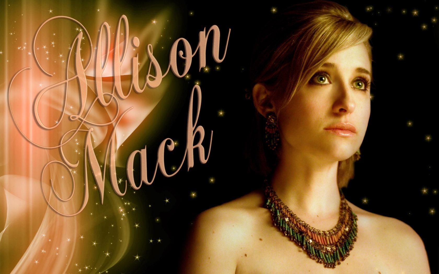 Allison Mack - Images Hot