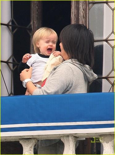 Angelina Jolie: Babies on the Balcony!