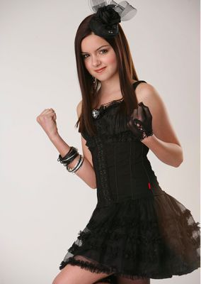 Ariel Winter as Renesmee
