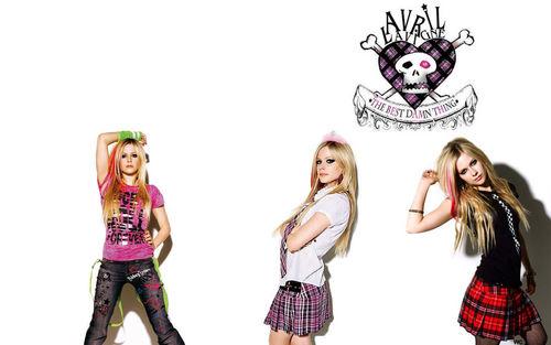 Avril lavigne kertas-kertas dinding