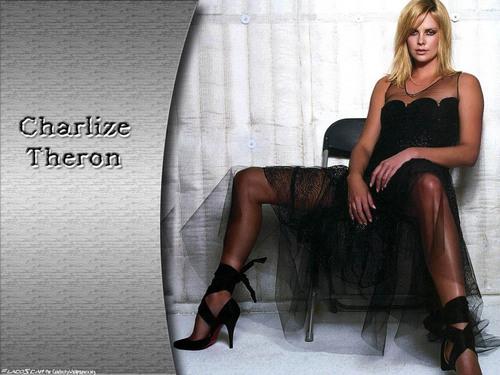 Charlize پیپر وال