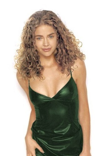 Denise Richards wallpaper entitled Denise in Green