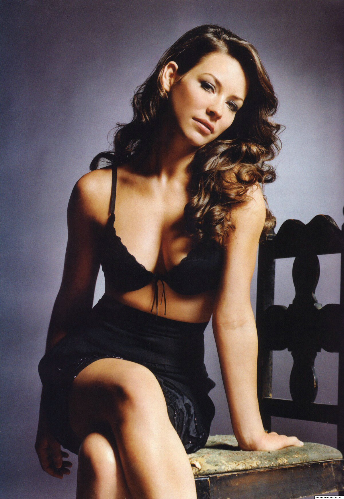 http://images2.fanpop.com/image/photos/11000000/Evie-Esquire-magazine-evangeline-lilly-11023080-1200-1737.jpg