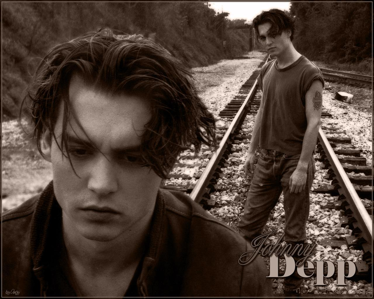 Johnny Depp - Wallpaper Hot