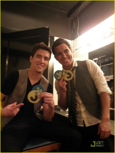 Big Time Rush wallpaper titled Logan and Carlos on Jared's birthday
