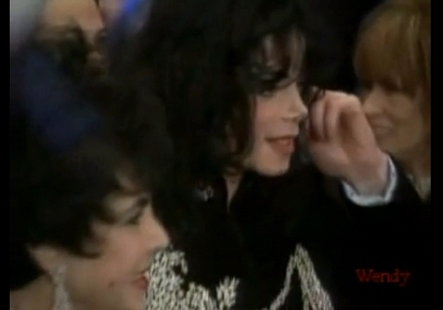 MJ with Elisabeth Taylor for an event