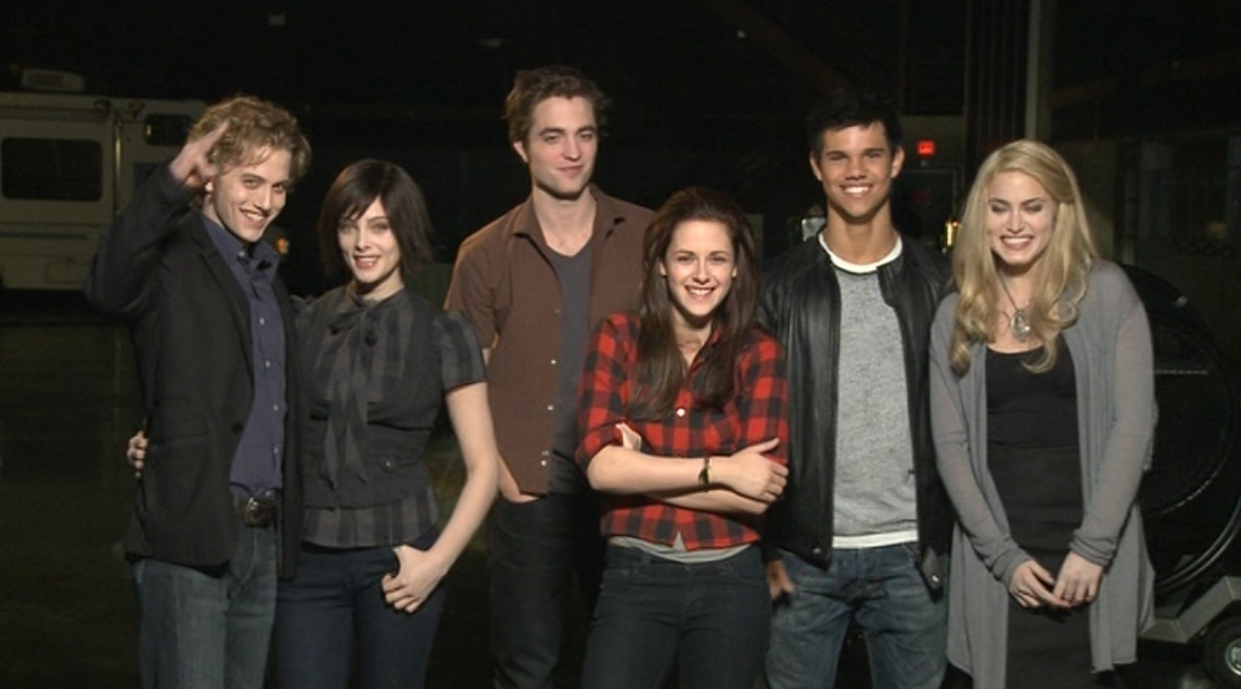 Twilight Cast New Moon Twilight Series New Moon Cast