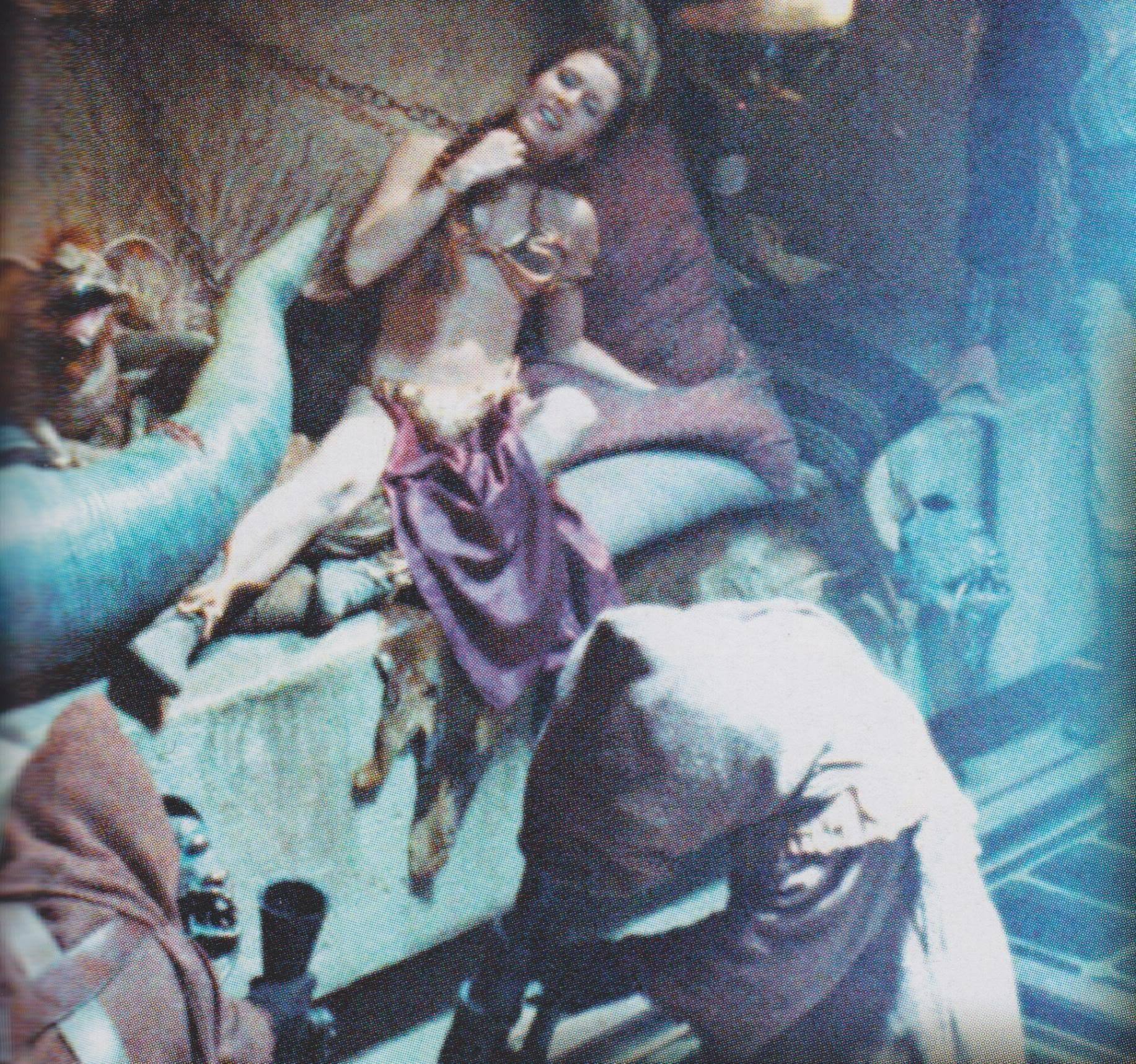 ... Slave-Leia-princess-leia-organa-solo-skywalker-11031358-1833-1716.jpg