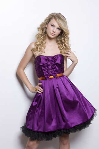 Taylor Swift wallpaper titled Taylor Swift 。◕‿◕。