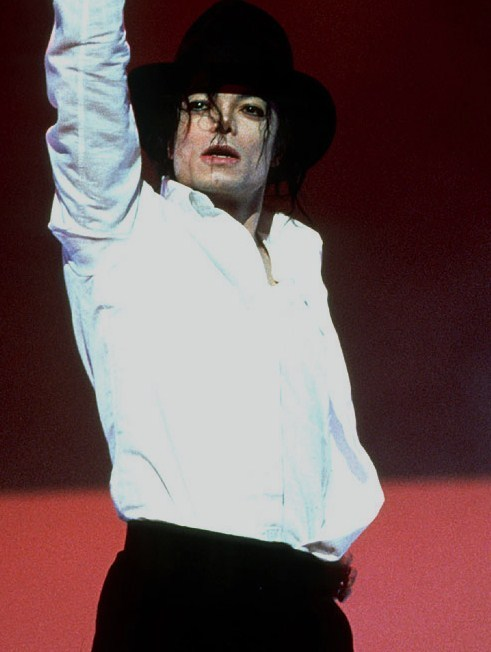 king of Dance - michael-jackson photo