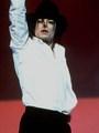 king of Dance - michael-jackson photo