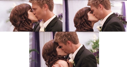 Brucas & Naley wallpaper called All the BL kisses <3 {picspam}