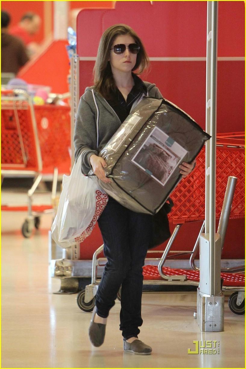 Anna Kendrick is Paper Mag Pretty