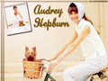 Audrey Wallpapers - audrey-hepburn wallpaper
