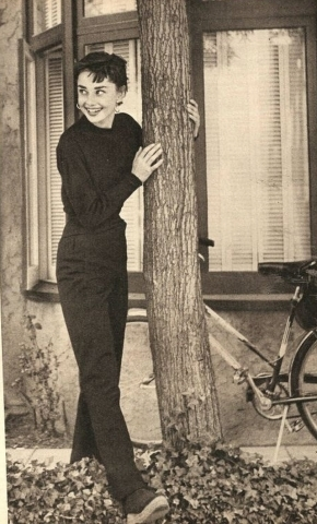 Audrey in LA - audrey-hepburn Photo