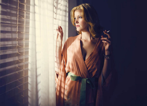 Breaking Bad wallpaper called Breaking Bad Season 3 - Skyler White